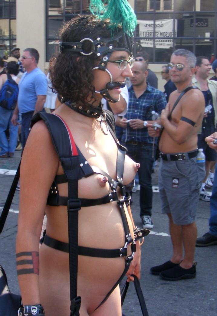 CMNF, Nude pregnant ponygirl at Folsom Street Fair